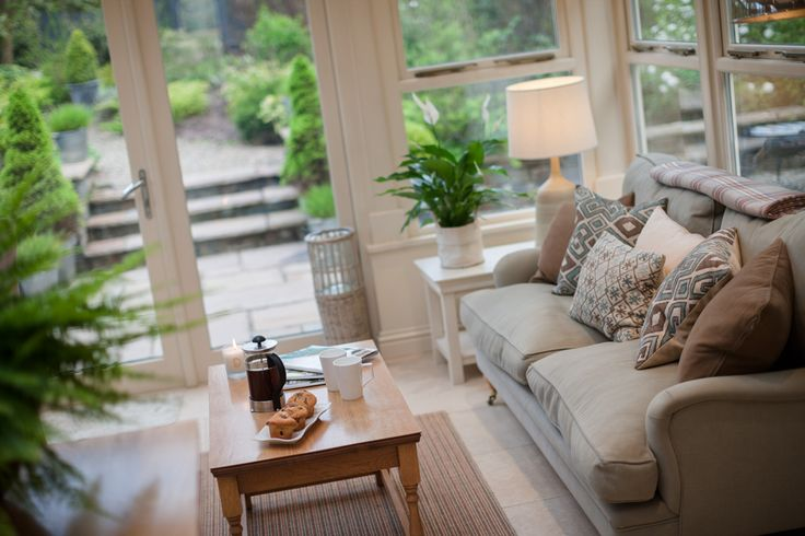 luxurious contemporary holiday home pembrokeshire, self catering holiday home close to beaches, Upper Crossing cosy chic cottage, wales