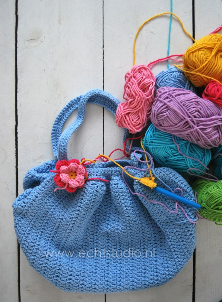 Free Crochet Pattern For Mollie Flowers : mollie flower bag crochet bags Pinterest