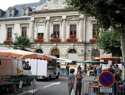 Le camping municipal de Saint Jean en Royans dans la Drôme: emplacement