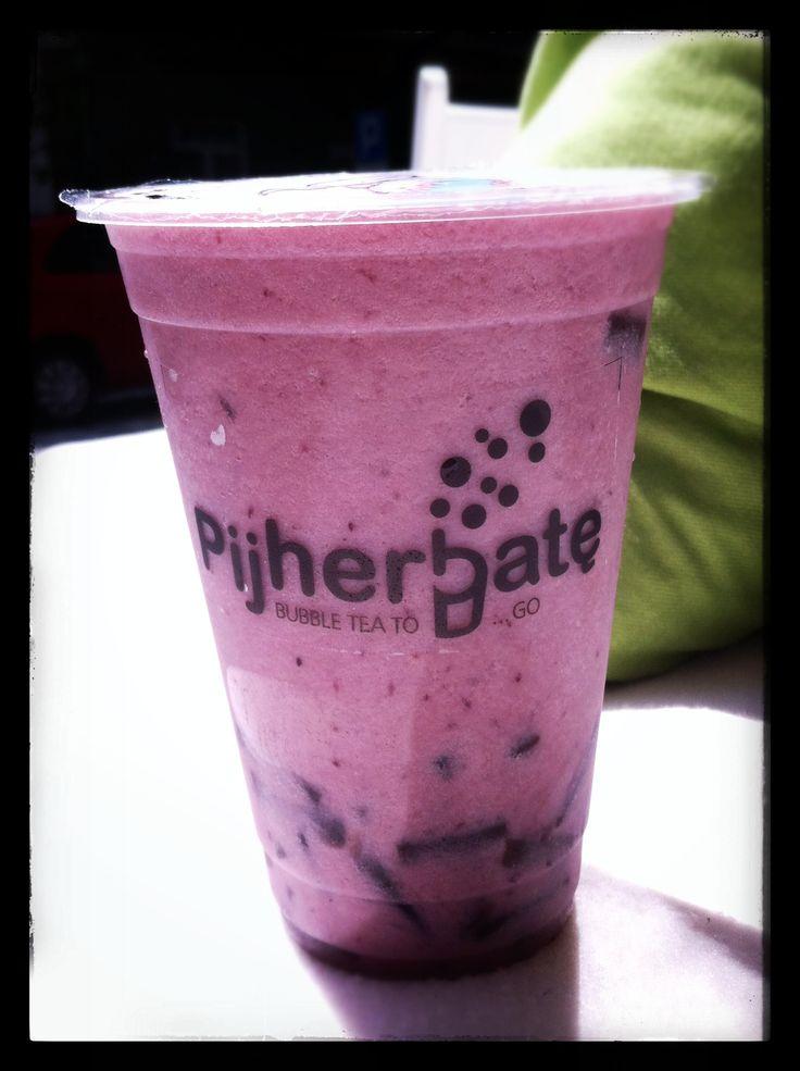 Jasmin Blueberry Milk Tea!