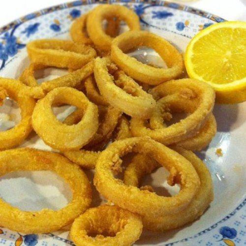 Calamares a la Andaluza Te enseñamos a cocinar recetas fáciles cómo la receta de Calamares a la Andaluza y muchas otras recetas de cocina..