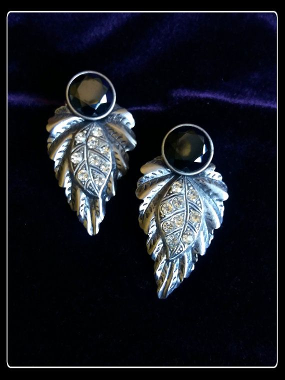 Vintage stunning big black and silver festive by PawhillTreasures