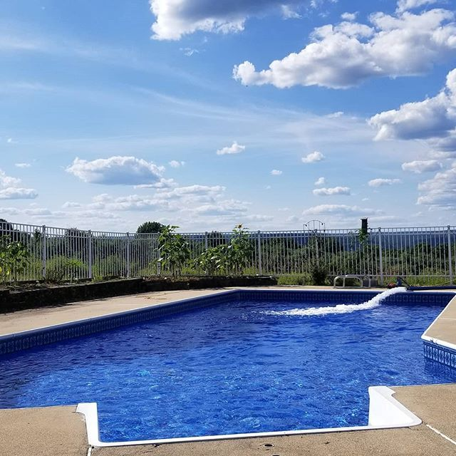 Blue Skys Blue Pools Go Water King Call 1 862 236 3555 Summer Summertime Sunnydays Beattheheat Cool Clear Water Likefor Pool Blue Pool Water Delivery