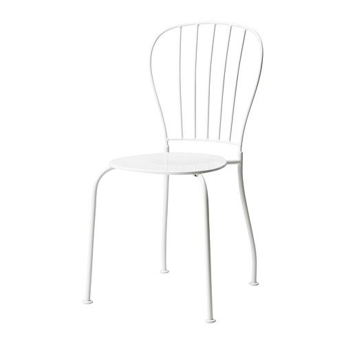 LÄCKÖ Chair IKEA Cut out design in the seat allows water to drain through. Includes feet; stands steady even on a lawn.