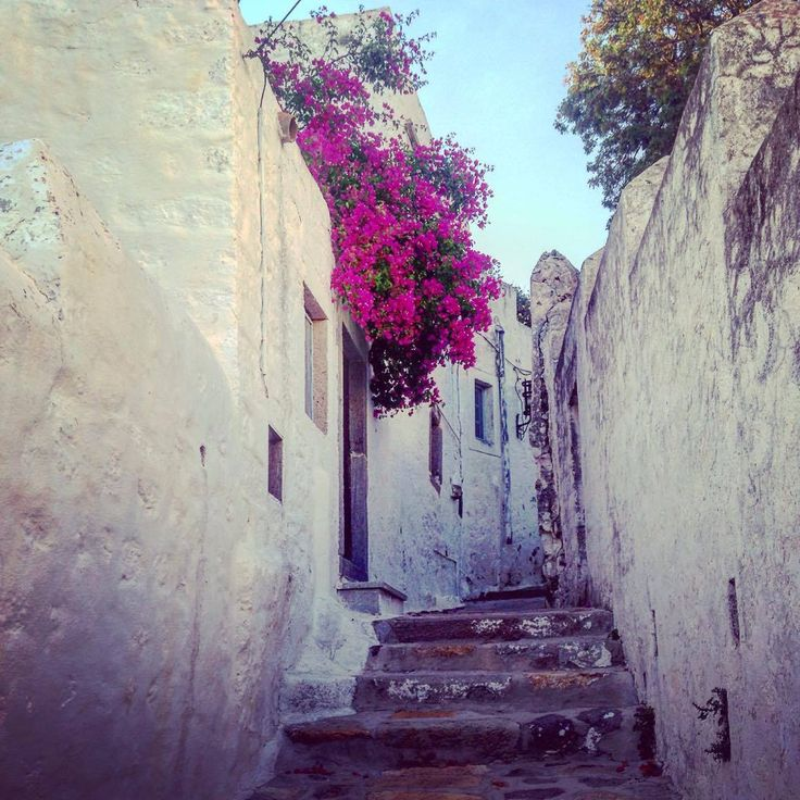 Lost in the alleys of #Chora. Spend your holidays in picturesque #Patmos and explore its unique beauty..  #patmosisland #patmosaktis