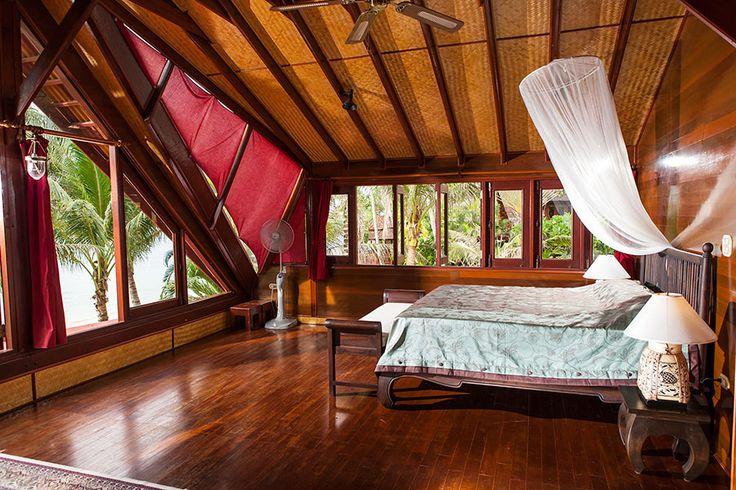 Koh Samui: Ferienvilla in 1. Reihe am Strand von Bang Por