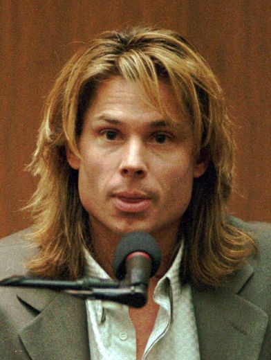 This guy, holy crap. Kato kailen....what a free loading douchebag. His greatest acting roll was during the OJ trial.
