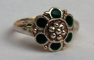 MARIA FLOWER RING GREEN