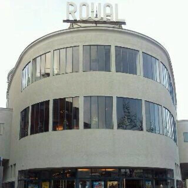 Bioscoop Royal Heerlen.  Mijn eerste film ooit gezien :)