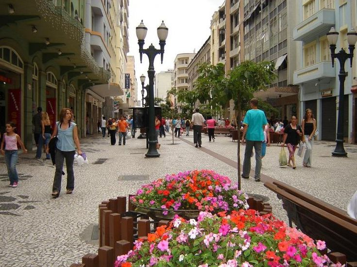 rua-das-flores-Curitiba PR