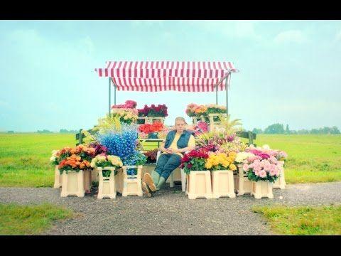 André Hazes - Op De Schoorsteen Staat Een Foto (Niet eerder uitgebracht nummer uit 1980) - YouTube
