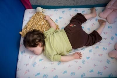 How to Get Your Toddler to Sleep in Their Own Bed After Co-Sleeping thumbnail