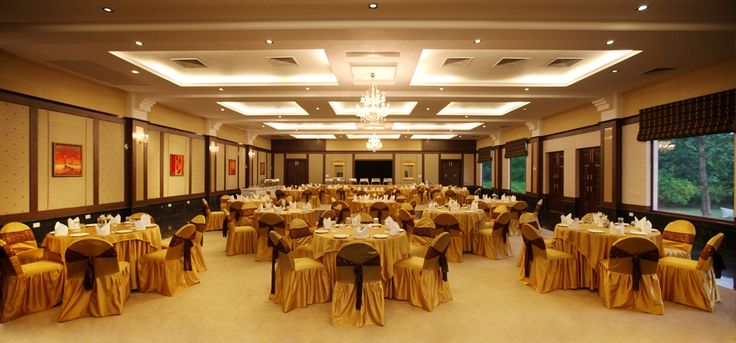 Check out Awesome Farms & Resorts for your wedding - Noida's premier wedding banquet - #weddingvenue #weddingz #banquethalls #banquethallsinNoida #BanquethallsinDelhi #bestweddingvenue #weddingvenuesinNoida #topweddingvenues #banquethallsDelhi #Noida #fivestarweddingvenues #topfivestarthotels | weddingz.in | India's Largest Wedding Company | Wedding Venues, Vendors and Inspiration |