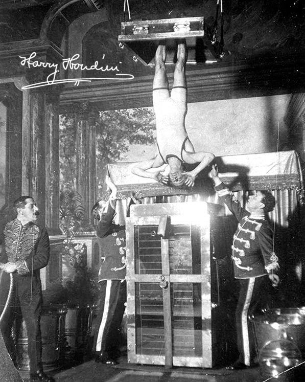 HARRY HOUDINI MAGICIAN CHINESE WATER TORTURE CANVAS GICLEE POSTER ART PRINT 8X10 #Realism