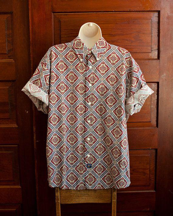 Sweet Pattern Vintage Men's Short Sleeve Button Shirt - The Arrow Company - L on Etsy, $20.00