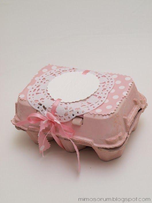 Handbox | Craft Lovers » Comunidad DIY: tutoriales y kits para todosCómo Envolver un Regalo con una Huevera - DIY: Egg Carton Gifts - Handbox | Craft Lovers