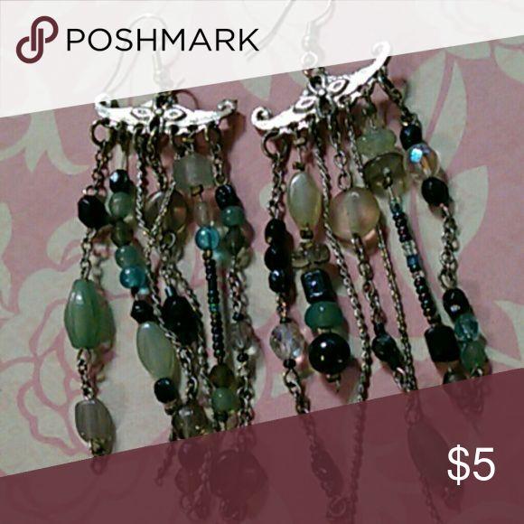 Blue/silver glass dangling earrings Oriental look blue/silver glass dangling earrings no brand Jewelry Earrings