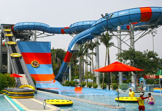 Giant Slide, China | 18 Of The Coolest Water Slides From Around The World