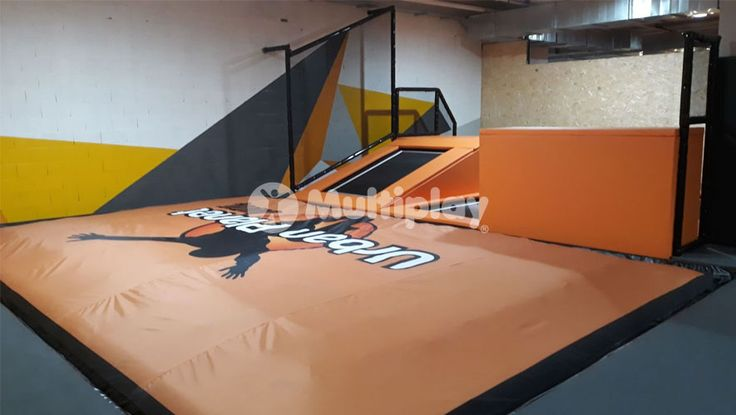 Trampoline Park: Urban Planet Jump (Rivas-Vaciamadrid). Design, Build and Install by Multiplay. Angled trampoline, jump platform and ari bag installed. Call us on +44 (0)1252 933 839 or visit our website: https://multiplay-uk.co.uk/ #TrampolinePark #Trampolines #UrbanPlanetJump #RivasVaciamadrid #AirBag #Multiplay #MultiplayUK