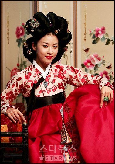 นิยาย หนังจีน ซีรีย์เกาหลีย้อนยุคที่ไม่ควรพลาด > ตอนที่ 15 : Hwang Jin Yi ฮวาง จินยี จอมนางหัวใจทระนง : Dek-D.com - Writer