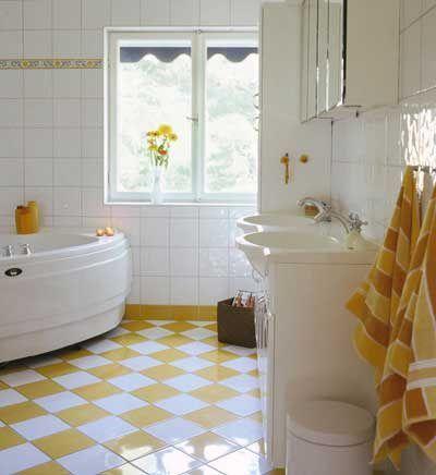 Gulrutigt golv i badrummet - Piffigt badrum - viivillae.se