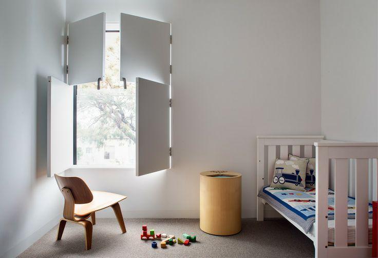 ... kijk ook eens op http://www.wonenonline.nl/slaapkamers/kinderkamer