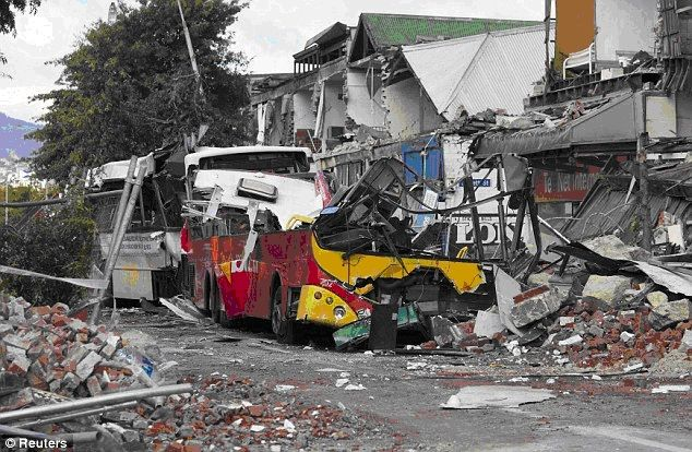 Chch-earthquake-Colombo-St.jpg (634×414)