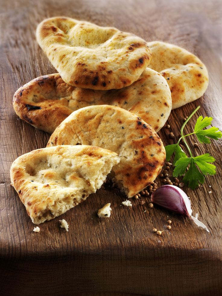 Middle Eastern Pita Bread | Recipe | Food, Food recipes ...