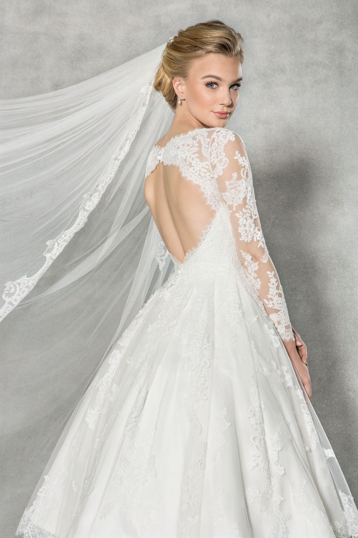 13 best Acessories by Amixi images on Pinterest | Wedding frocks ...