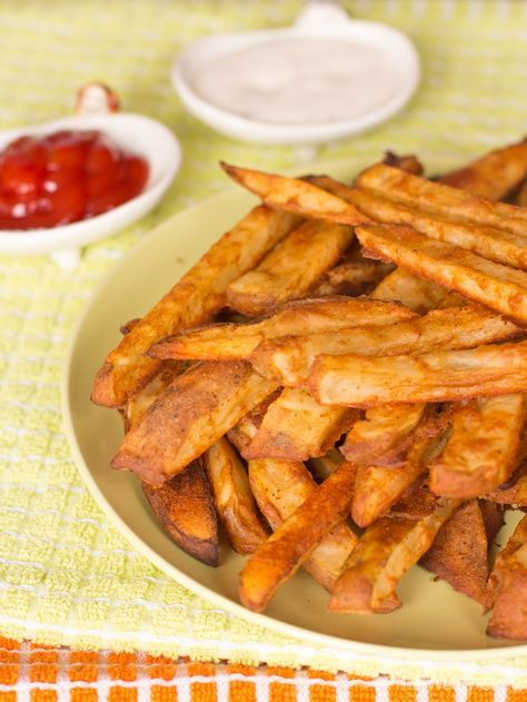 Get your fries and soda fix the healthy way with these baked battered fries paired with organic kombucha!