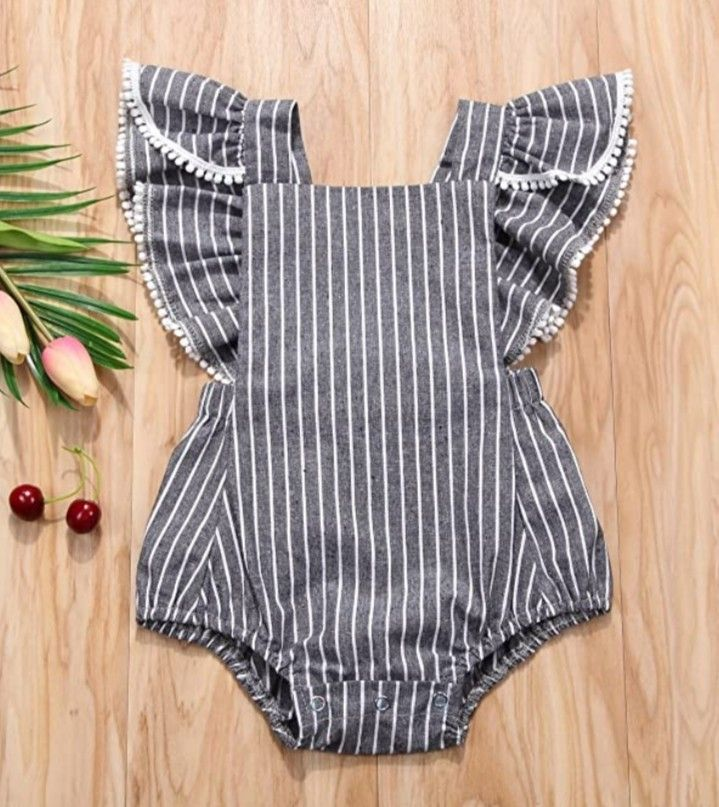 Material : cotton  Fabric is breathable and sweat-absorbent,and feeling is soft and comfortable,and quality is good, you can clean it by washing machine,very convenient Suitable for 0-24 months children, you can choose a right one for your baby. #trendybabyoutfits #trendybabyclothes #newbornbabyoutfits #newbornbabyclothes Baby Girl Dresses, Baby Dress, Casual Summer Outfits, Kids Outfits, Baby Girl Fashion, Kids Fashion, Floral Skirt Outfits, Baby Clothes Patterns, Trendy Baby Clothes