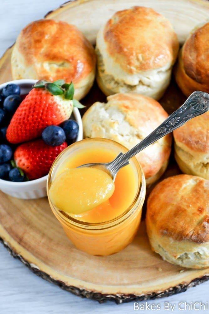 Sunny Sour Cream Scones With Lemon Curd Honest Cooking Sour Cream Scones Cream Scones Lemon Scones