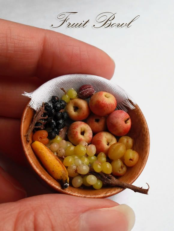 fruit bowl by EveMiniatures Food, Minis Fruit, Fruit Bowls, Minis Food, Tiny Food, Food Blog, Dark Miniatures, Dolls House, Miniatures Fruit