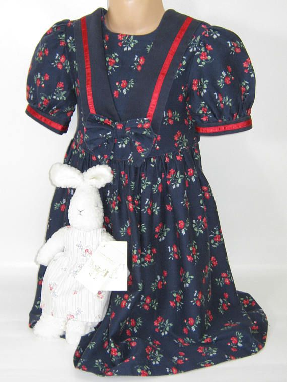 ** L I T T L E ** L A U R A A S H L E Y  I dont like ephemeral things, I like things that last forever  >>>>>CHILDRENS CORNER<<<<  ************************************************************************** GIRLS POPPY SAILOR DRESS - 2 YEARS VINTAGE LABEL: LAURA ASHLEY MOTHER&CHILD