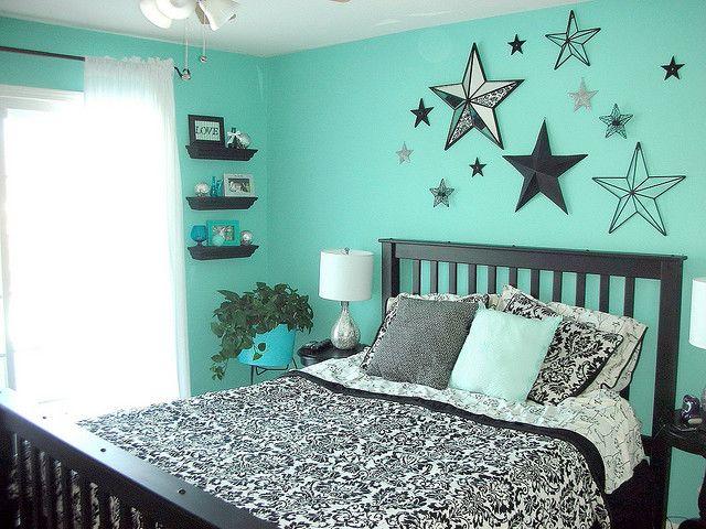 teal bedroom: Color Schemes, Teal Bedrooms, Wall Color, White Bedrooms, Bedrooms Idea, Black Bedrooms, Guest Rooms, Girls Rooms, Teens Bedrooms
