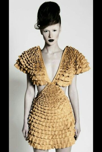 The golden dress that went to London!
