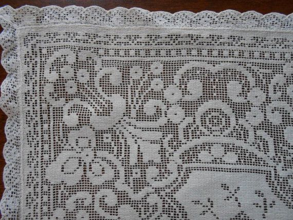 Antique Filet Lace Doily Runner