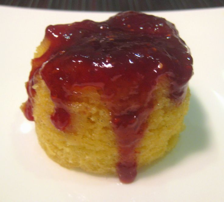 My Thermomix Kitchen - Healthy and low fat Weight Watchers friendly recipes for the Thermomix : Individual Raspberry Jam Steamed Puddings