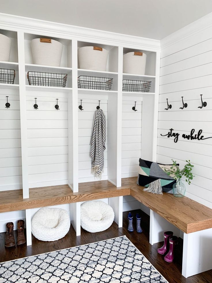 Modern Farmhouse Entryway Final Reveal Mudroom Laundry Room Farmhouse Laundry Room Home Decor In 2020 Mudroom Laundry Room Mud Room Storage Mudroom Decor
