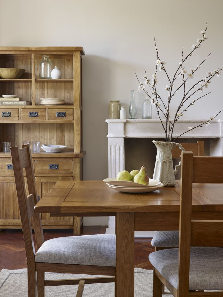The Rushmere Rustic Solid Oak Extending Dining Set is perfect for everyday family meals to extravagant dinner parties with friends. Handmade by skilled craftsmen from premium grade solid oak, it features a rustic cottage inspired design with softly rounded edges and a warm, medium brown wax finish.