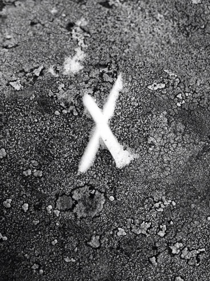 X marks the spot..from under my shoe✌️