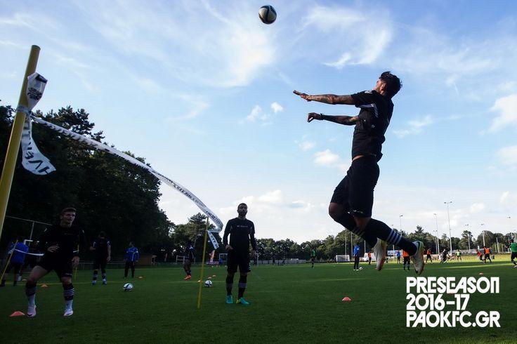 #training #Oosterbeek #Footvolley #ReadyToFight #Preseason #PAOK #Klaus
