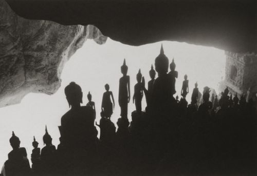 Kenro Izu, Sacred Places, Laos 2, 1997