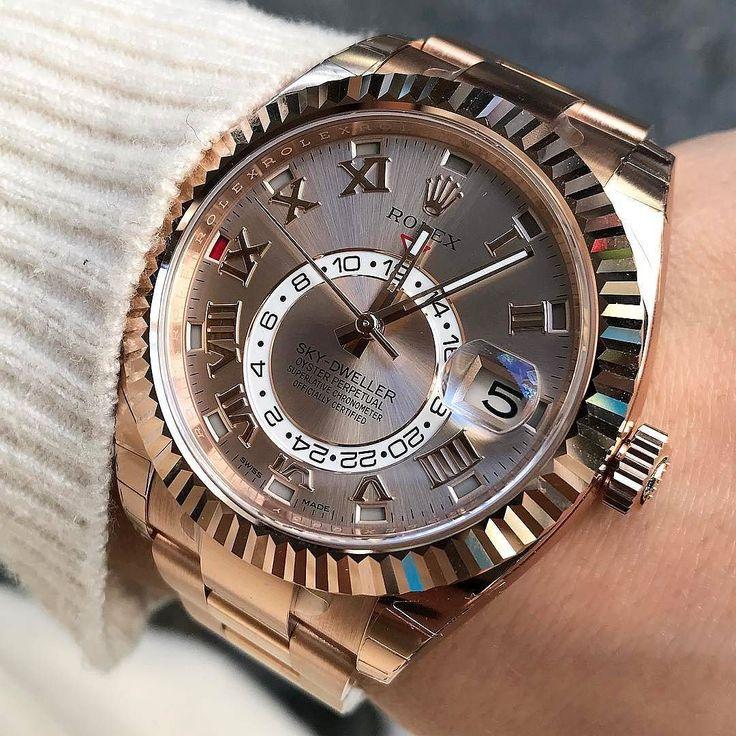 For Rolex Lovers 305-377-3335 www.diamomdclubmiam.com/contact-us #Rolex #SkyDweller #audemarspiguet #ap #patekphilippe #richardmille #girlslove #love #amazing #gold #thebillionairesclub #vip #watchforsale #miami #rolexdaytona#rolexrainbow #miamilifestyle #fashion #pictureoftheday #ladywatch by @soloveitime