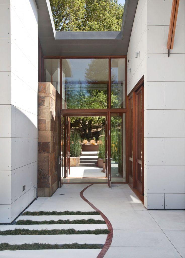 Saratoga Creek House . Entrance Architecture
