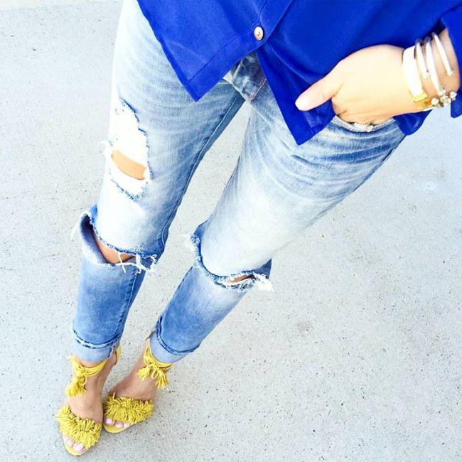 Отличное селфи, в стильных джинсах  Приходите к нам в JiST, за стильными рваными джинсами или за пару удачных селфи  #мода #стиль #тренды #джинсы #шорты#модно #стильно #селфи #selfie #fashionable #streetstyle #outfitidea:#stylish #blue #jeans #summer
