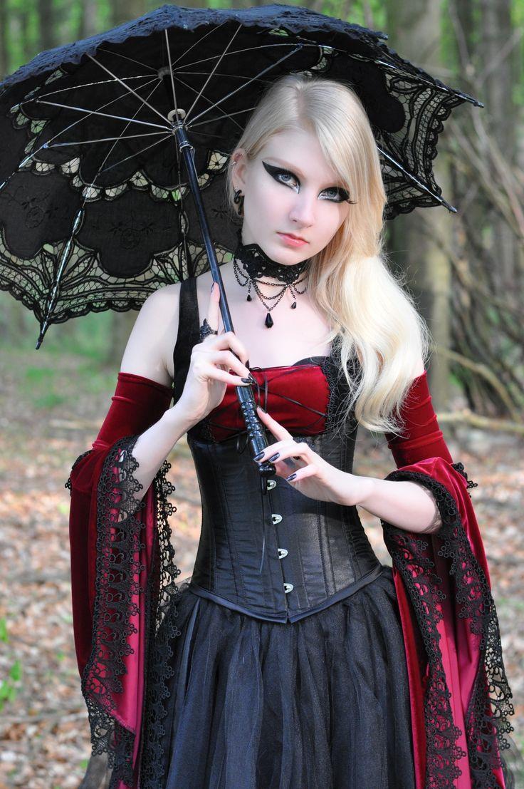 Gothic dress. Love it
