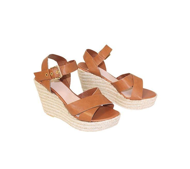 Sandály na klínovém podpatku | modino.cz #ModinoCZ #modino_cz #modino_style #style #fashion #spring #summer #shoes #sandals