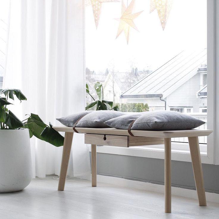 Ikea 'Lisabo' desk into bench hack