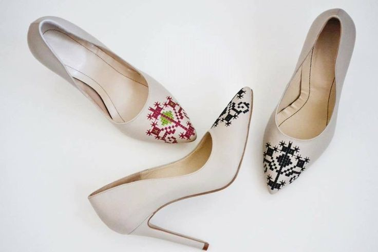White-leather, embroidered stilettos. #leather #stilettos #embroidered with love